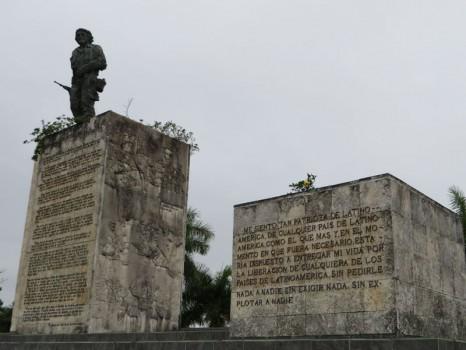 10-cuba-santa-clara-mausoleo-del-che