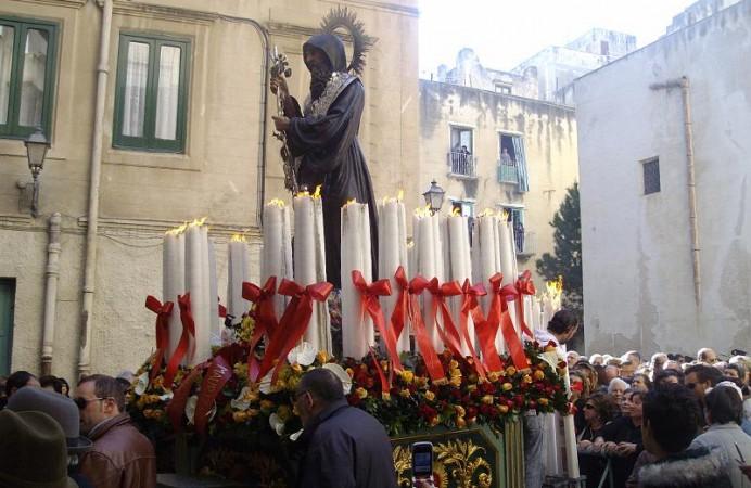 39-la_processione-santu_patri_riprende_il_cammino