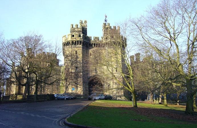800px-Lancaster_Castle