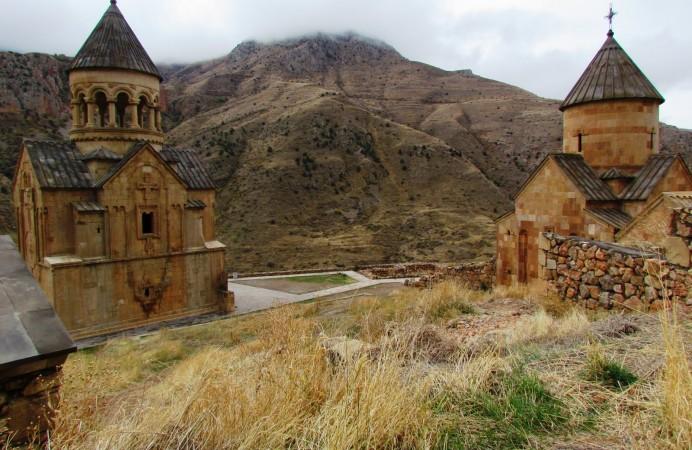 Armenias-Khor-Virap-Monastery
