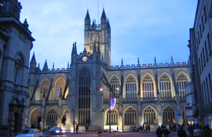 Bathabbey_at_night_amcm