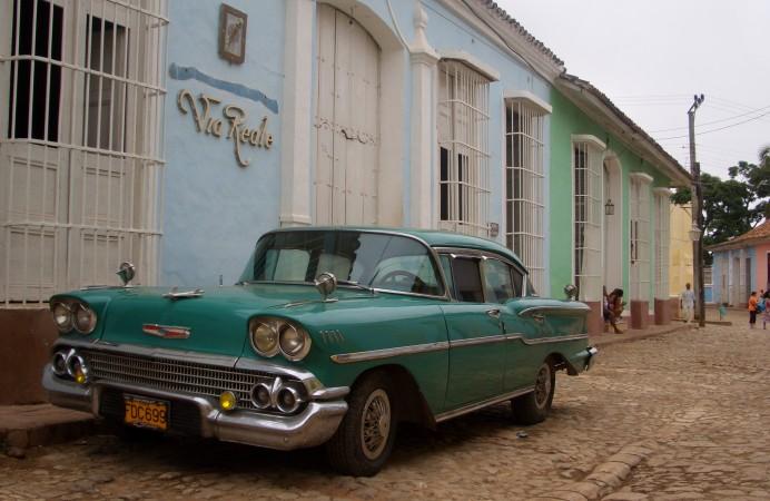 Car_in_Trinidad_Cuba