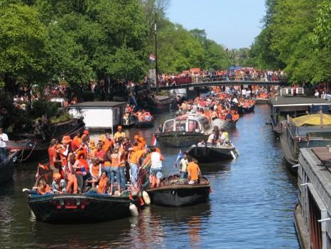 festa-del-re-ad-amsterdam-1