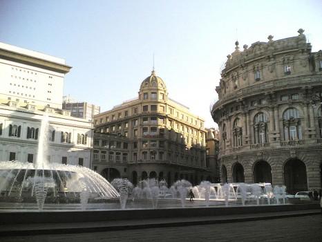 Genova-Piazza_De_Ferrari-angolo
