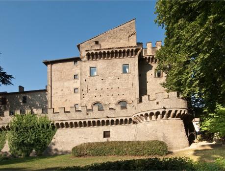 Grottaferrata-fortificazioni-dell-abbazia-di-San-Nilo
