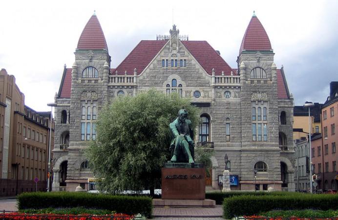helsink-national-theatre