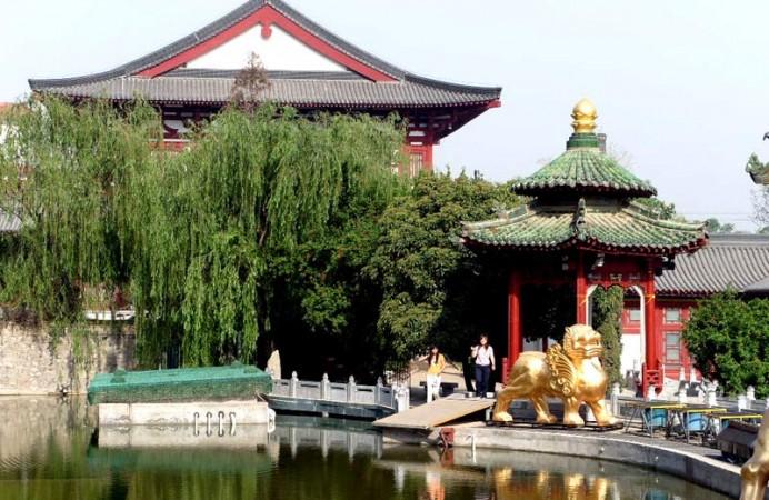 Huaqing_Hot_Spring