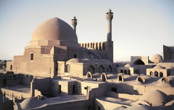 Iran_-_La_Moschea_Selgiuchide_di_Isfahan