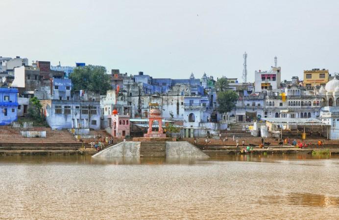 Lake_Pushkar,_India_(9190793862)