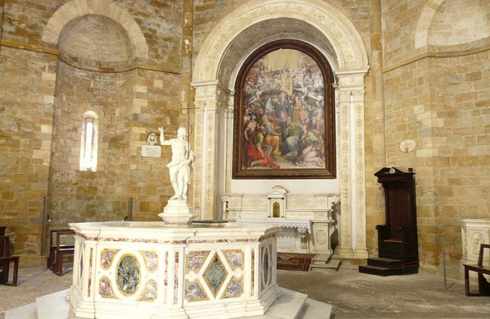 linterno-el-battistero-di-volterra-foto-d-papalini