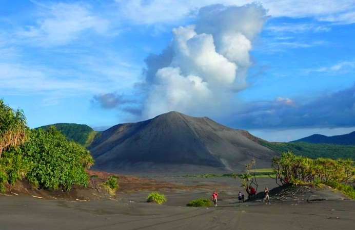 mt-yasur-day-tour