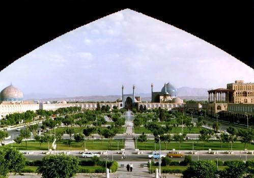 Naghshe_Jahan_Square_Isfahan_modified