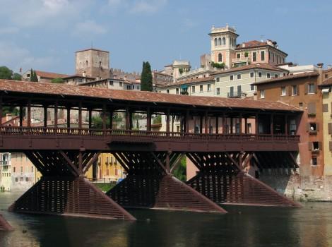 Ponte_degli_Alpini_Bassano_del_Grappa_2007