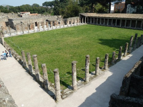 quadriportico-di-pompei