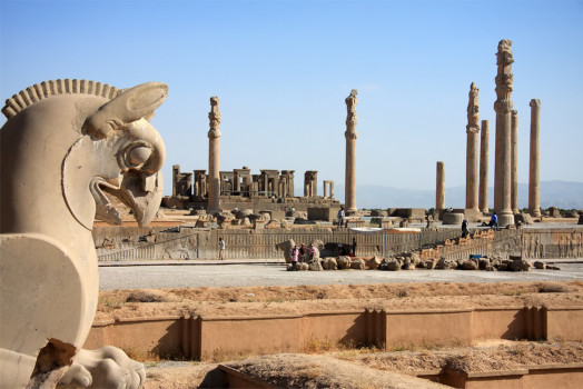 Ruins-of-Persepolis