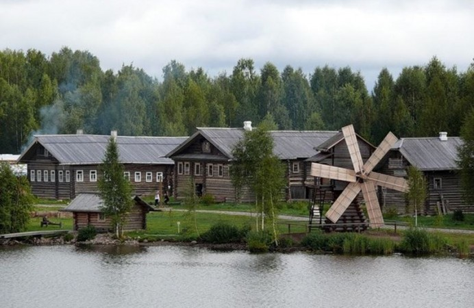 russian-village-of-mandrogi