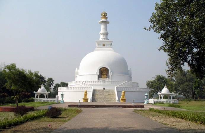Shanti_Stupa_in_Rajgir,_Bihar,_India