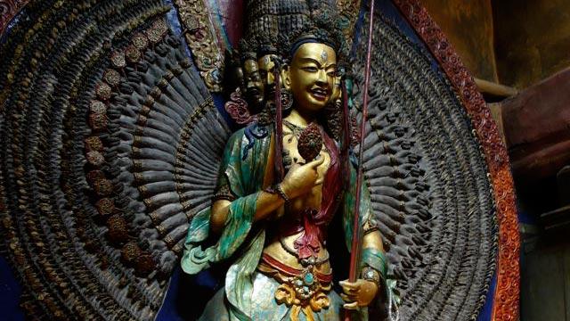 Statue-Goddess1