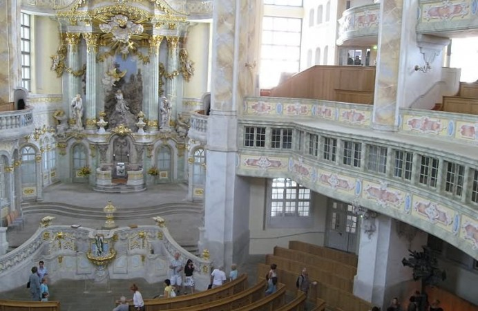 the-frauenkirche-dresden-interior-view-from-balcony