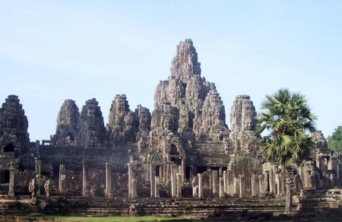 cambodia-angor-thom-bayon-big