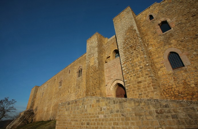 castello-di-lagopesole