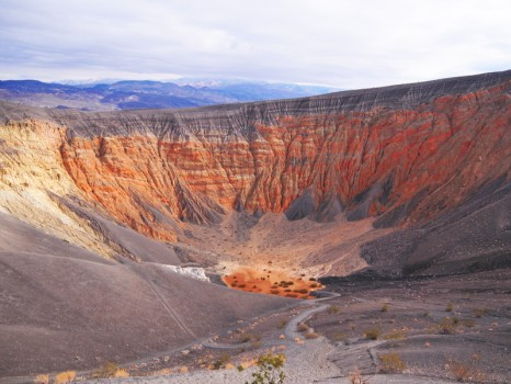 death_valley_ubehebe_crater