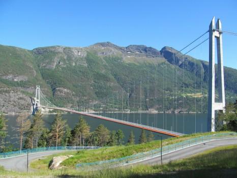 hardangerfjord bridge
