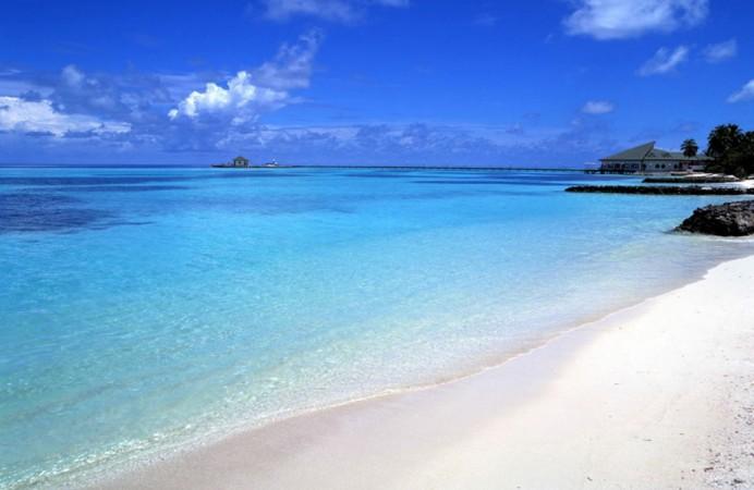 img-1301062303-Spiaggia_Caraibica