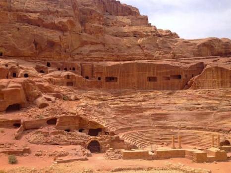 jordan-site-elisa-chisana-hoshi