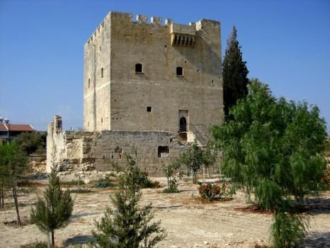 kolossi-castle-kolossi-cyprus_2463341_m