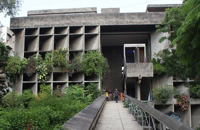 le-corbusier-mill-owners-association-building