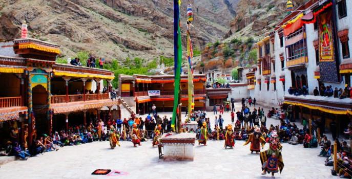 monastero-hemis-india
