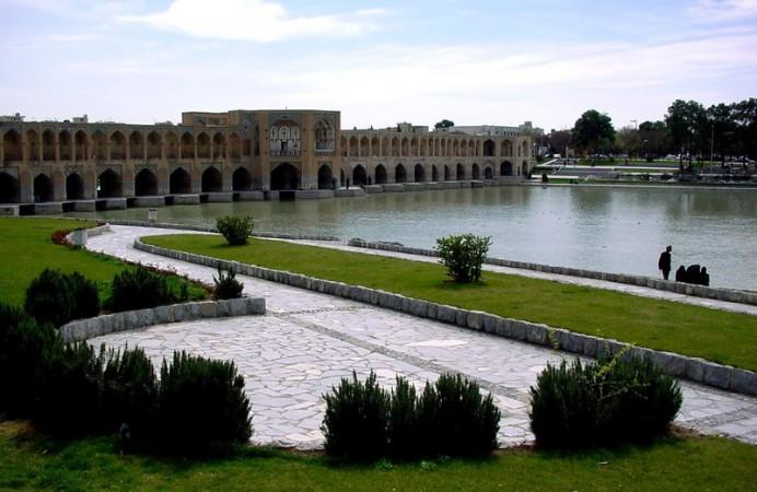 naghsh-e-jahaan-square-isfahaniran-800x600-wallpaper