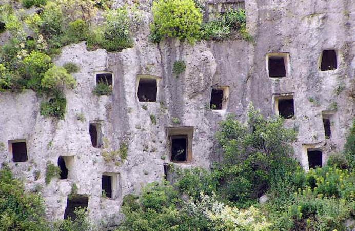 necropoli-rupestre-di-pantalica