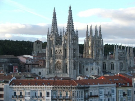 sight_cathedral-of-saint-mary-of-burgos