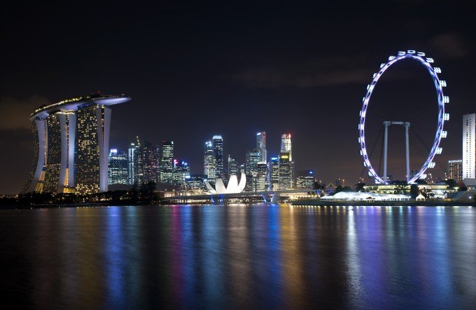 singapore_skyline_viewed_from_gardens_by_the_bay_east_-_201204261-1