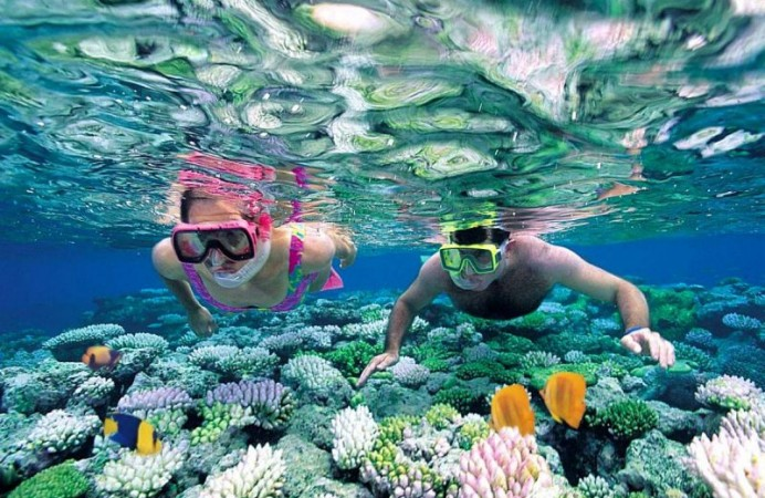 snorkeling-nha-trang-speed-boat