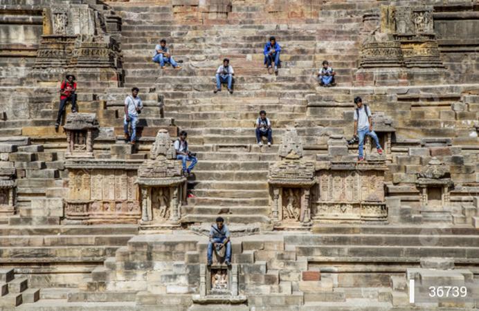 tempio-del-sole-modhera