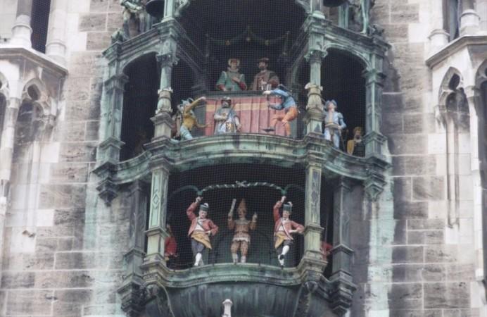 torre-orologio-marienplatz