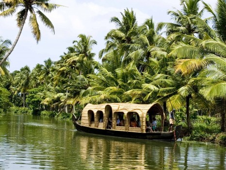 tour india backwaters