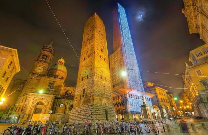 una magica notte a Bologna , by Dima Sytnik